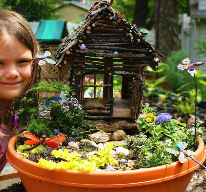 adorable twig fairy House.