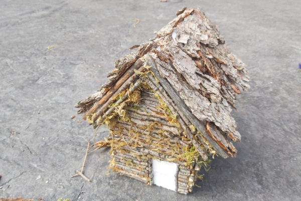How to make a fairy house out of twigs