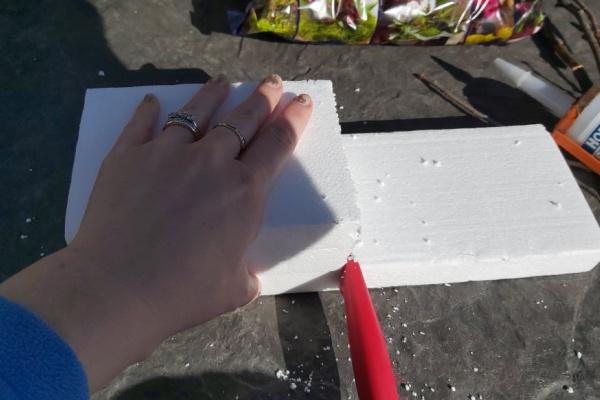 cutting Styrofoam for twig fairy house base