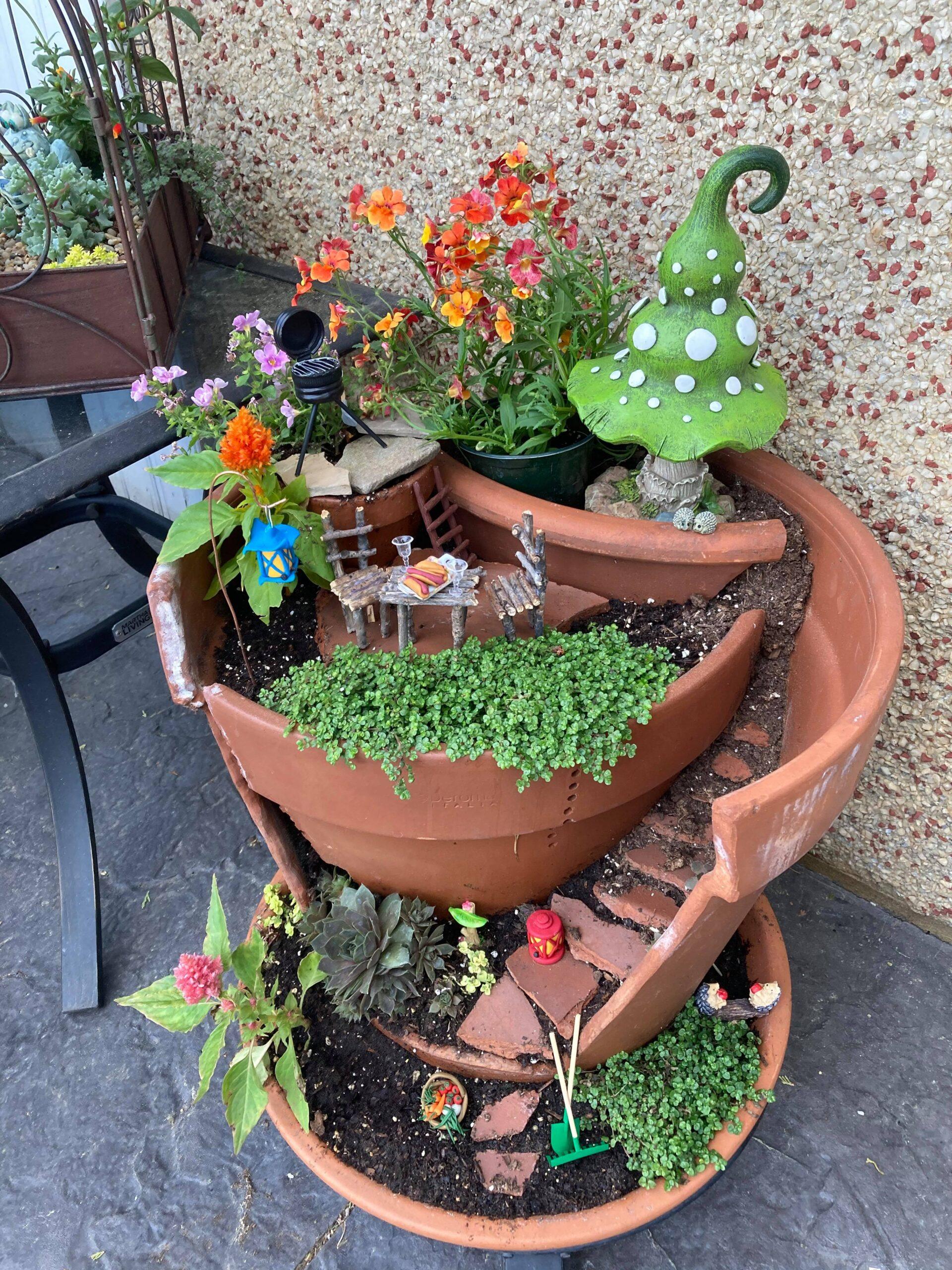 miniature BBQ as fairy garden decor