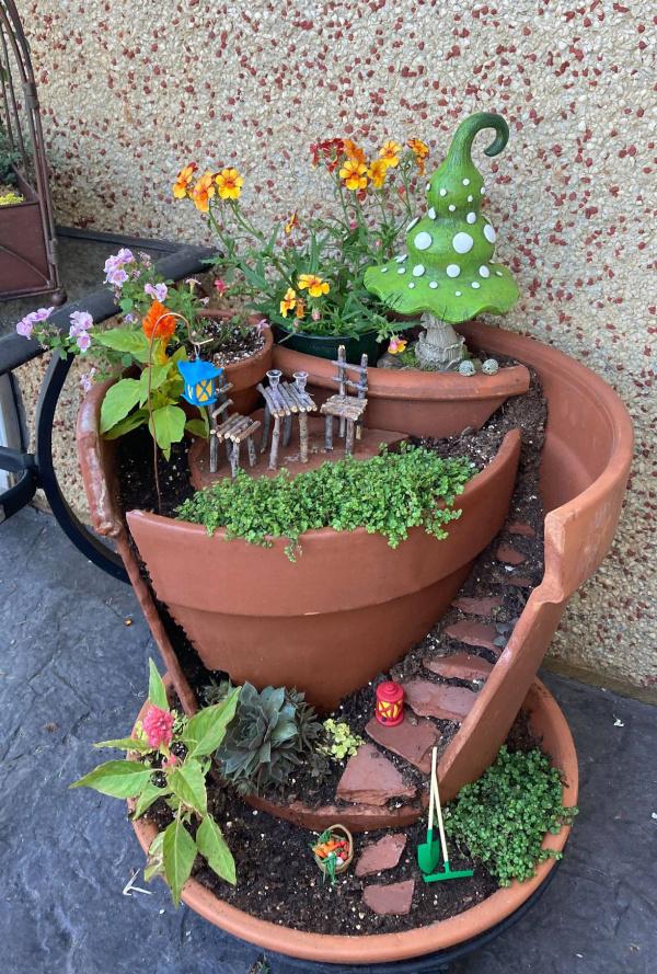 completed DIY Broken Pot Fairy Garden
